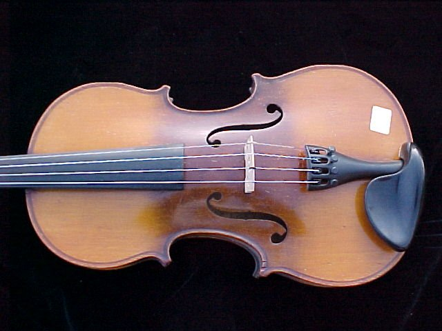 pic of Le Marquisdelair violins